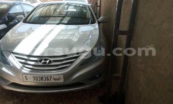 Acheter Voiture Hyundai Accent Marron à Bobo Dioulasso en Burkina-Faso