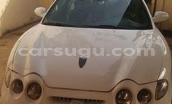 Acheter Voiture Hyundai Coupe Blanc à Ouagadougou en Burkina-Faso