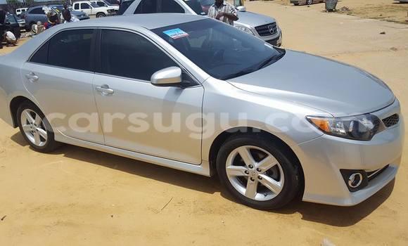 Acheter Neuf Voiture Toyota Camry Gris à Ouagadougou au Burkina-Faso