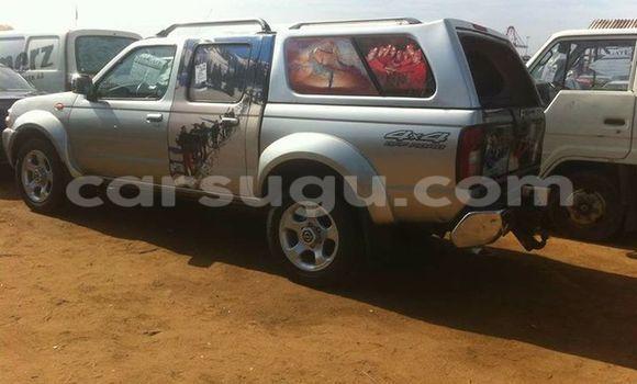 Acheter Neuf Voiture Nissan Navara Marron à Ouagadougou au Burkina-Faso
