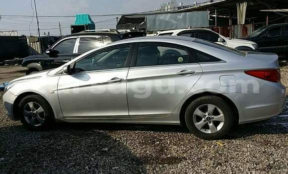 Acheter Occasion Voiture Hyundai Sonata Gris à Ouagadougou, Burkina-Faso