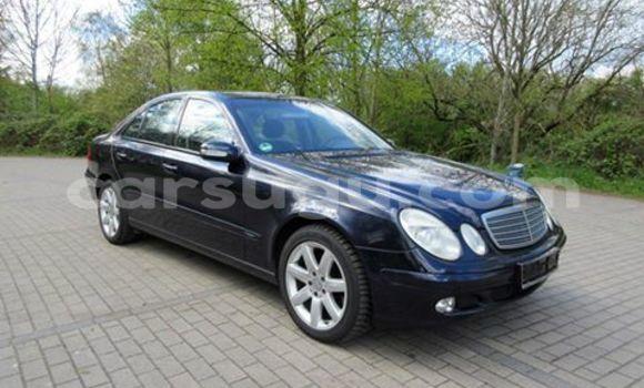 Acheter Neuf Voiture Mercedes‒Benz 190 Noir à Ouagadougou au Burkina-Faso
