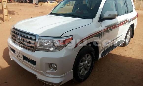 Acheter Occasion Voiture Toyota Land Cruiser Blanc à Ouagadougou, Burkina-Faso