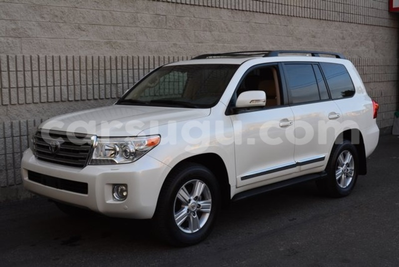Big with watermark 2014 toyota land cruiser1