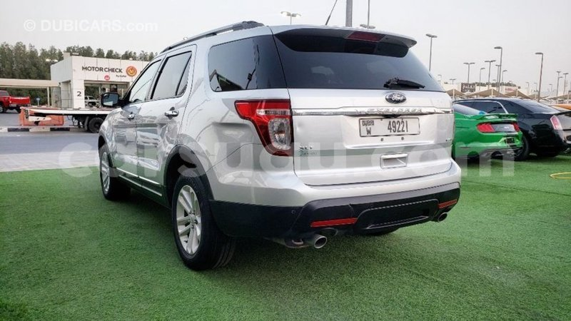 Big with watermark ford explorer burkina faso import dubai 7045