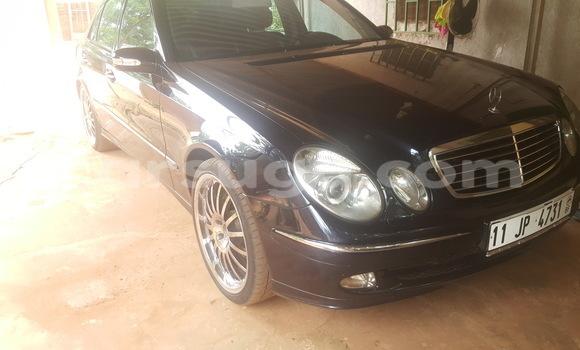 Acheter Occasion Voiture Mercedes‒Benz E-Class Bleu à Ouahigouya au Burkina-Faso