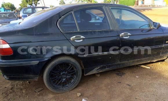 Acheter Occasion Voiture BMW 3-Series Bleu à Ouagadougou au Burkina-Faso