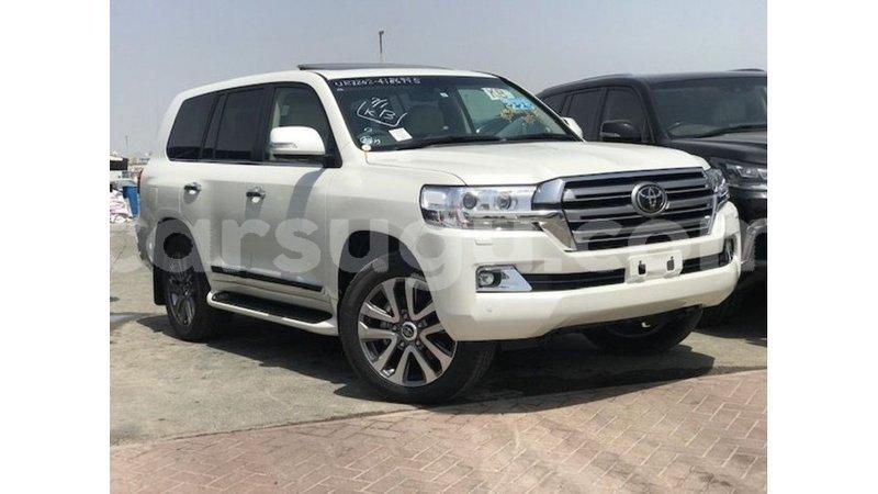 Big with watermark toyota land cruiser burkina faso import dubai 7109