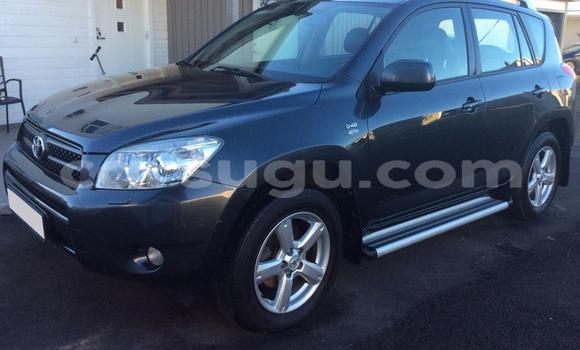 Acheter Occasion Voiture Toyota RAV4 Noir à Ouagadougou au Burkina-Faso