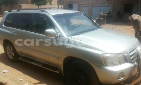Acheter Occasion Voiture Toyota Highlander Gris à Ouagadougou au Burkina-Faso