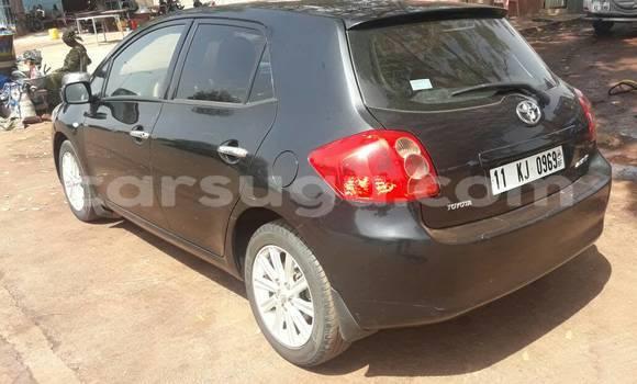 Acheter Occasion Voiture Toyota Auris Noir à Bobo Dioulasso au Burkina-Faso