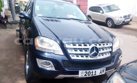 Acheter Occasions Voiture Mercedes‒Benz ML–Class Bleu à Ouagadougou au Burkina-Faso