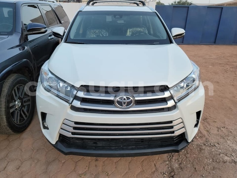 Big with watermark toyota highlander burkina faso ouagadougou 7692