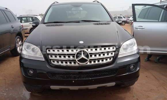 Acheter Occasion Voiture Mercedes‒Benz ML-Class Noir à Ouagadougou au Burkina-Faso