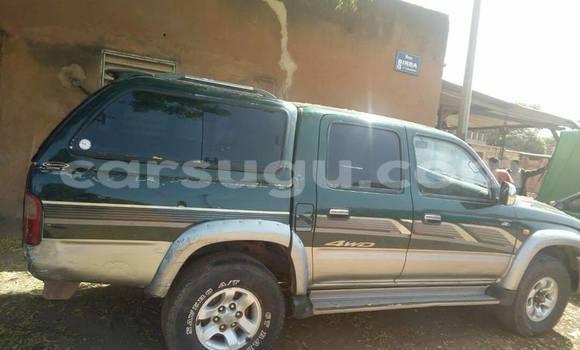 Acheter Neuf Voiture Toyota Hilux Surf Vert à Ouagadougou au Burkina-Faso