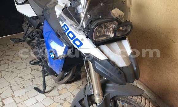 Acheter Occasion Moto BMW 800FG Bleu à Ouagadougou au Burkina-Faso