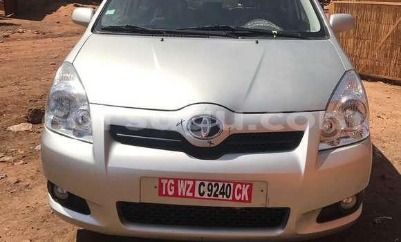 Acheter Neuf Voiture Toyota Verso Gris à Ouagadougou au Burkina-Faso