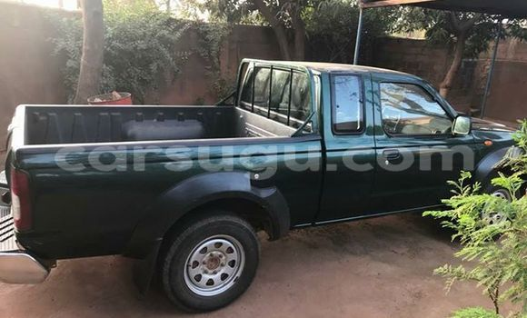 Acheter Occasion Voiture Nissan Pickup Vert à Ouagadougou au Burkina-Faso