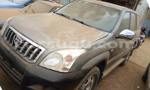 Acheter Occasion Voiture Toyota Land Cruiser Prado Gris à Ouagadougou, Burkina-Faso