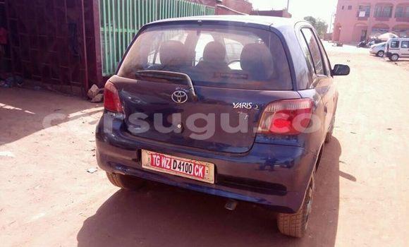 Acheter Occasion Voiture Toyota Yaris Bleu à Ouagadougou au Burkina-Faso