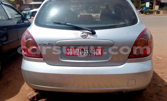 Acheter Occasion Voiture Nissan Almera Gris à Bobo Dioulasso au Burkina-Faso