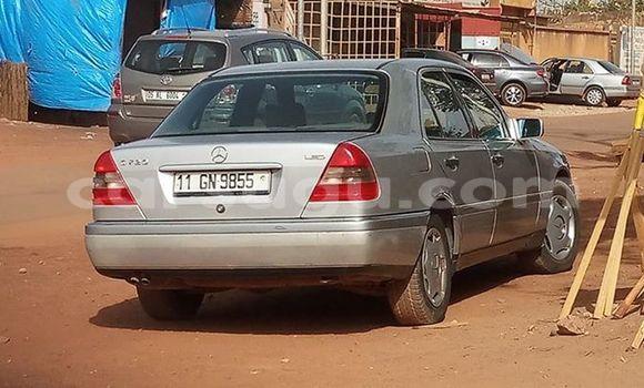 Acheter Occasion Voiture Mercedes‒Benz C-Class Gris à Ouagadougou au Burkina-Faso