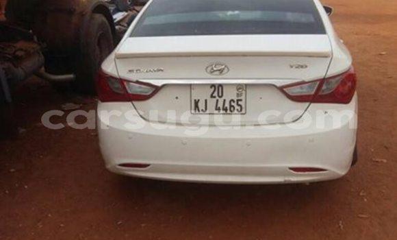 Acheter Occasion Voiture Hyundai Sonata Blanc à Ouagadougou au Burkina-Faso