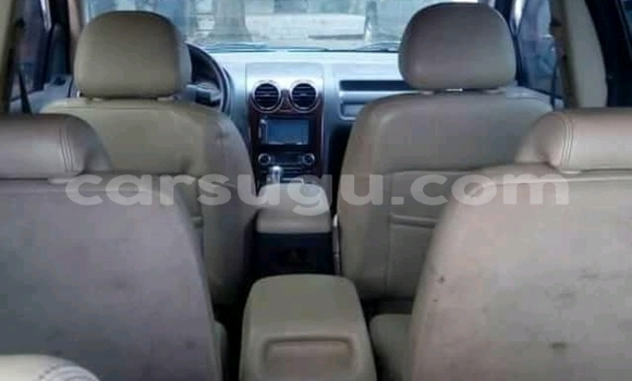 Acheter Occasions Voiture Ford Explorer Vert à Ouagadougou au Burkina-Faso