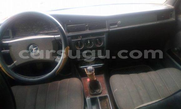 Acheter Occasions Voiture Mercedes‒Benz 190 Noir à Ouagadougou au Burkina-Faso