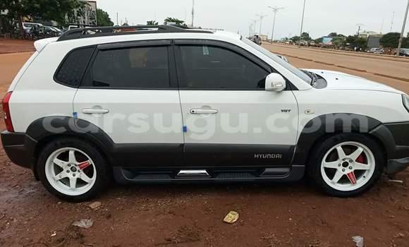 Acheter Occasions Voiture Hyundai Tucson Blanc à Ouagadougou au Burkina-Faso