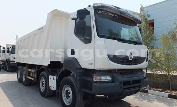 Acheter Neuf Utilitaire Renault TRM 10000 Blanc à Houndé au Burkina-Faso
