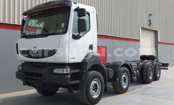 Acheter Occasions Utilitaire Renault TRM 10000 Blanc à Banfora au Burkina-Faso