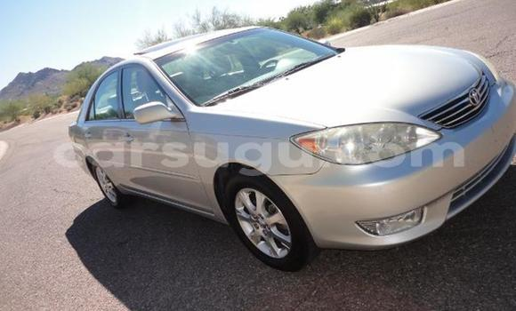 Acheter Occasions Voiture Toyota Camry Gris à Ouagadougou, Burkina-Faso