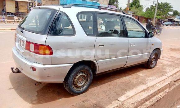 Buy Used Toyota Picnic Silver Car in Ouagadougou in Burkina Faso