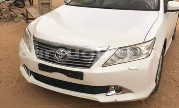 Buy Used Toyota Camry White Car in Ouagadougou in Burkina Faso
