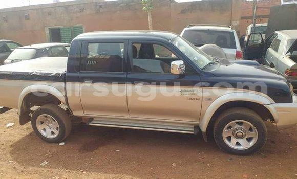 Buy Used Mitsubishi L200 Other Car in Ouagadougou in Burkina Faso