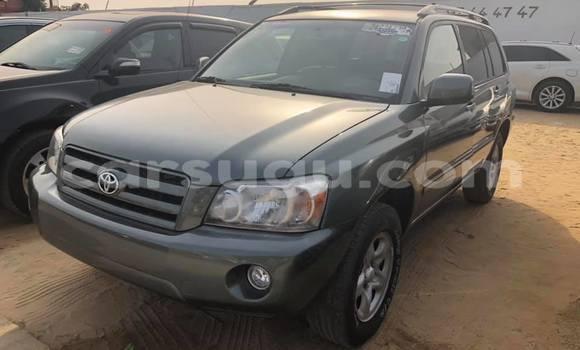 Acheter Occasion Voiture Toyota Highlander Vert à Ouagadougou, Burkina-Faso