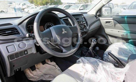 Acheter Importé Voiture Mitsubishi L200 Other à Import - Dubai, Burkina-Faso