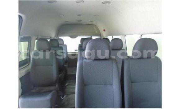 Acheter Importé Voiture Toyota Hiace Other à Import - Dubai, Burkina-Faso