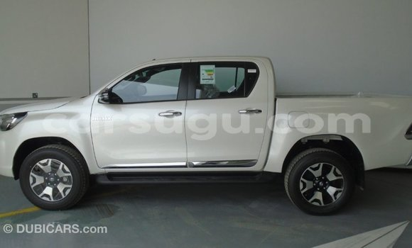 Acheter Importé Voiture Toyota Hilux Other à Import - Dubai, Burkina-Faso