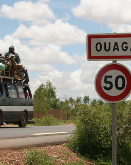 Thumb ouagadougou road
